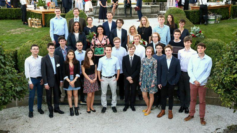 Odborná hodnoticí komise programu Scholarship 2020 s uchazeči o stipendium